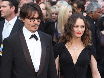 Джонни Депп (Johnny Depp) и Ванесса Паради (Vanessa Paradis) официально станут мужем и женой