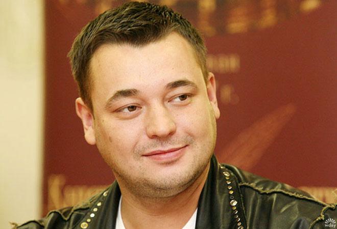 Сергей Жуков в цирке раздал автографы фанатам Андрея Губина