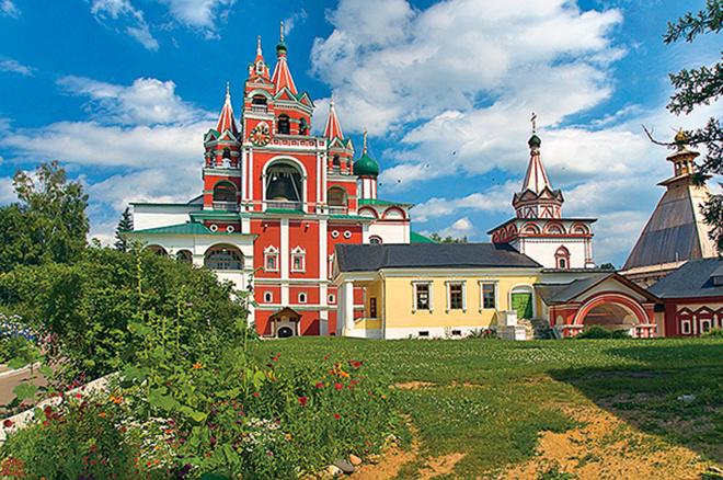 Куда лучше поехать летом на море, в Россию