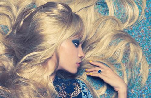 Как укрепить выпадающие волосы