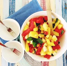 На пикник! 10 салатов, которые не испортятся в дороге