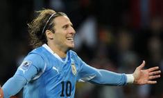 Лучшим футболистом чемпионата мир стал уругваец Диего Форлан