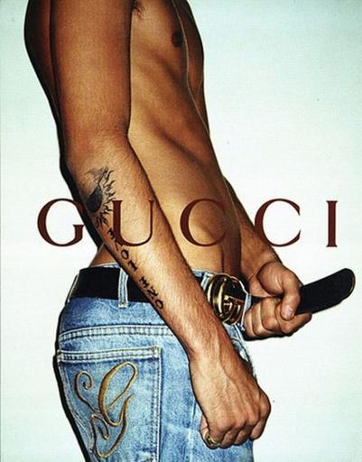 принт Gucci