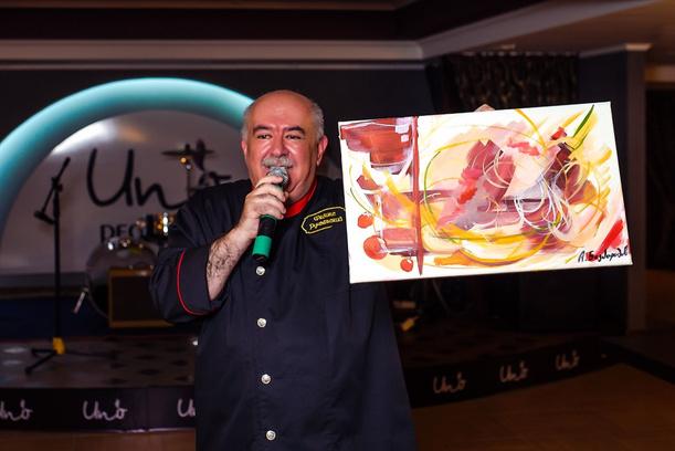 фирменное блюдо ресторан UNO открытие фуа-гра шеф-повар