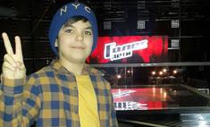 Марсель Сабиров делает «домашку» между съемками в «Голос. Дети»