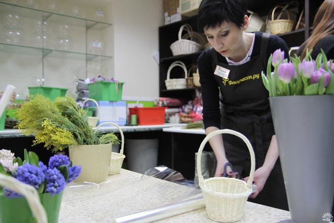 Цветы на 8 марта, как сделать букет, фото