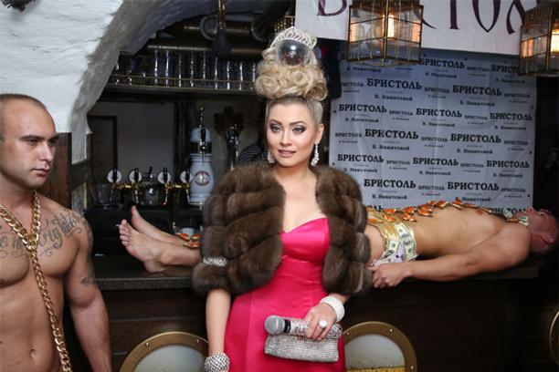 Лена Ленина, фото 2014, скандал