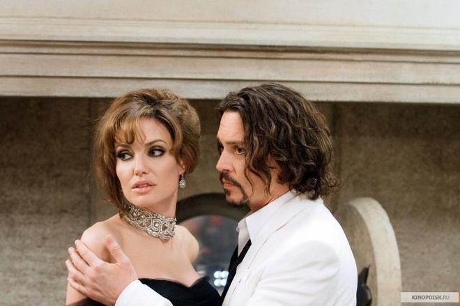 HDGN: дети Анджелины Джоли называют Джонни Деппа отцом