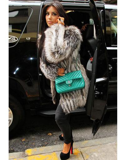 Ким Кардашьян (Kim Kardashian) в Christian Louboutin