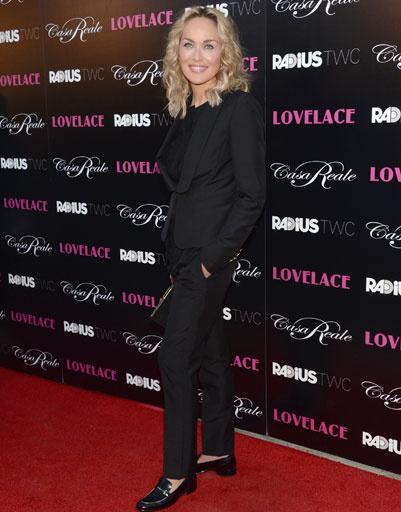 Шарон Стоун (Sharon Stone) в брючном костюме