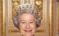 Елизавета II добилась повышения зарплаты