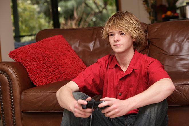 Подросток не хочет взрослеть: почему и что делать?