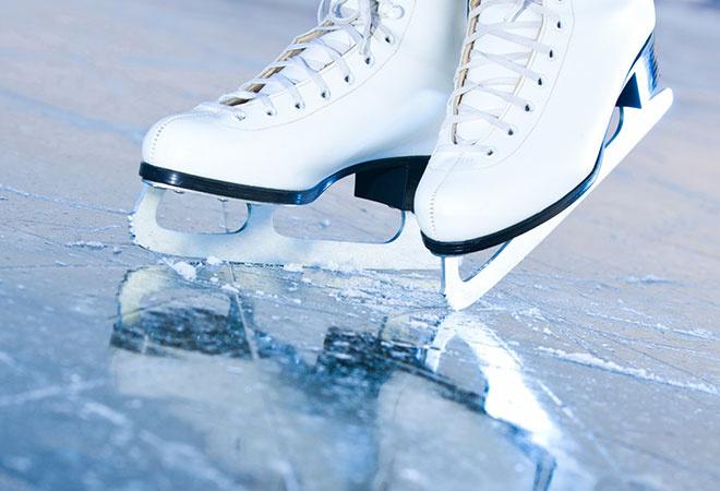 На «Волге» саратовцев бесплатно научат кататься на коньках