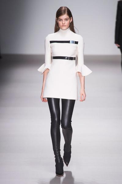 Неделя моды в Лондоне: 22 февраля   галерея [1] фото [9]