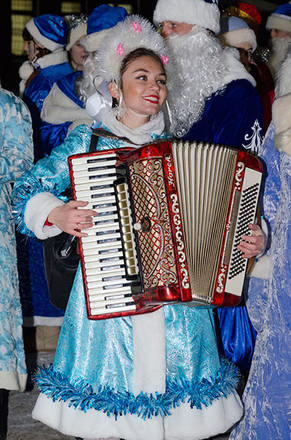 В Рязани прошел парад Дедов Морозов