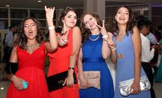 Выпускной-2016: сногсшибательные платья красноярских школьниц