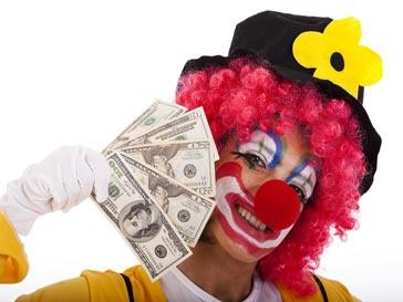 клоун с деньгами