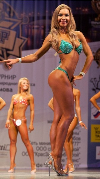 Олеся Комиссарова, фитнес-бикини модель, г. Железногорск