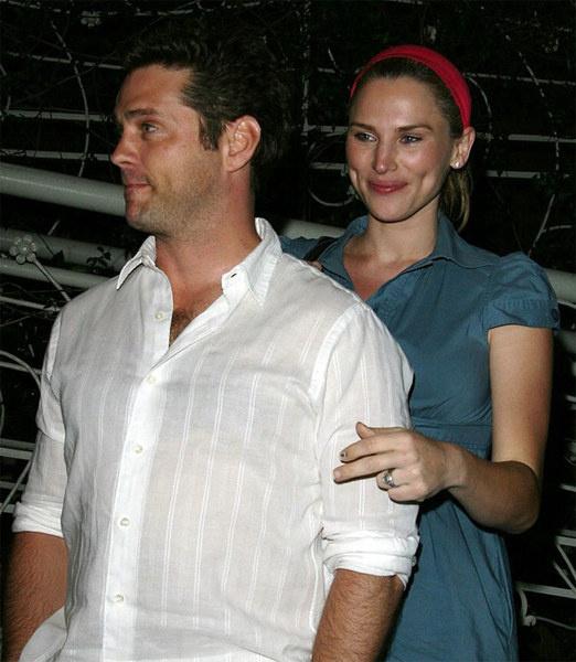Джейсон с супругой Наоми