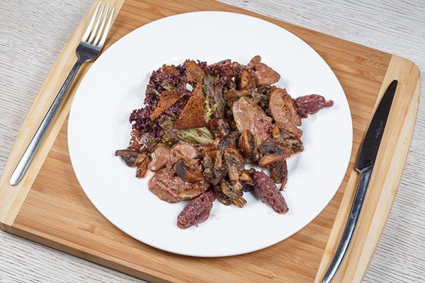 теплый салат с печенью рецепт Максим Тюмень ресторан
