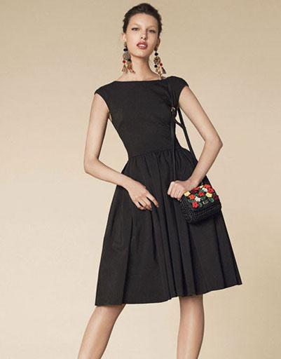 Платья на выпускной 2013: платье Dolce & Gabbana, цена по запросу