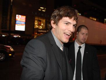 Эштон Катчер (Ashton Kutcher) заменит Чарли Шина