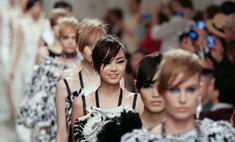 Лагерфельд показал круизную коллекцию Chanel в Сингапуре