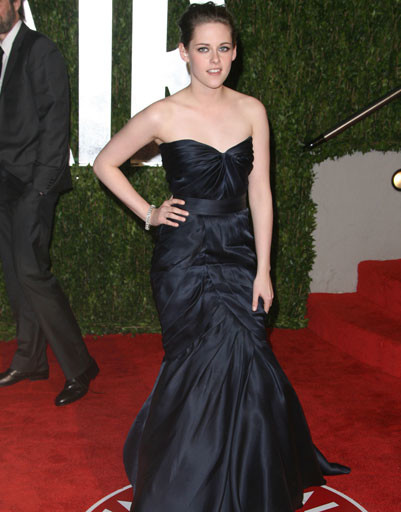 Кристен Стюарт (Kristen Stewart) на вечеринке Vanity Fair, 2010 год