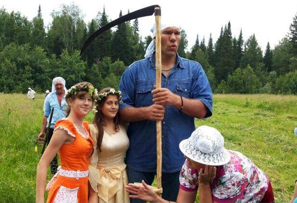Николай Валуев и дети