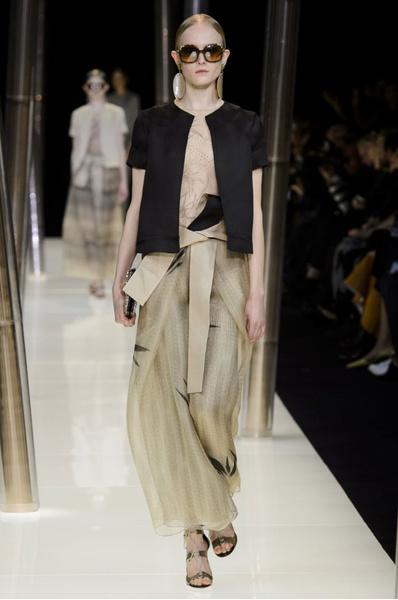 На Неделе высокой моды в Париже прошел юбилейный показ Giorgio Armani Prive | галерея [1] фото [30]