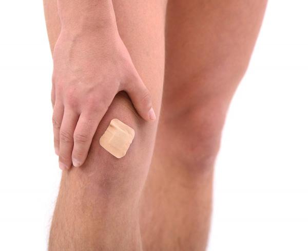 Способы избавления синяков на ногах