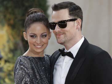 Николь Ричи (Nicole Richie) и ее супруг Джоел Мэдден (Joel Madden) воспитывают двоих детей
