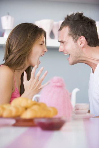 В среднем супружеская пара на повышенных тонах обсуждает ведение совместного хозяйства 135 раз в год.