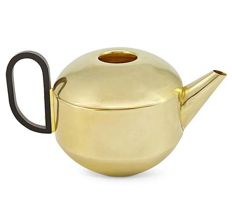 Чайник из латуни Form, Tom Dixon, www.tomdixon.net, салоны «Интерьер Market», Galerie 46