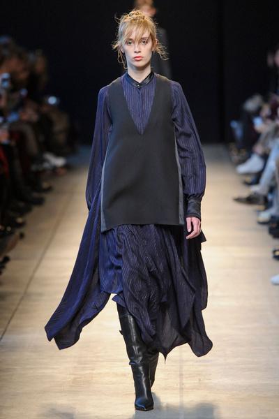 Самые красивые образы Недели моды в Милане | галерея [1] фото [31]
