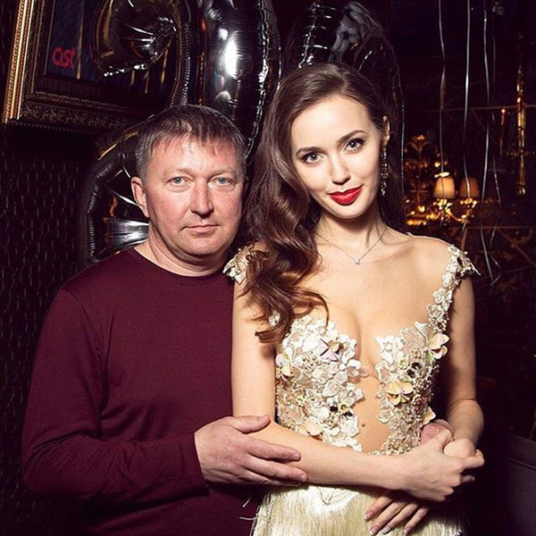 За что фанаты Ольги Бузовой так не любят Анастасию Костенко?