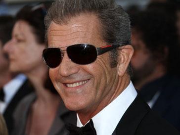 Мел Гибсон (Mel Gibson) уладил последние разногласия с женой