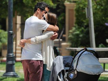 Джессика Альба (Jessica Alba) с мужем Кэшем Уорреном (Cash Warren)