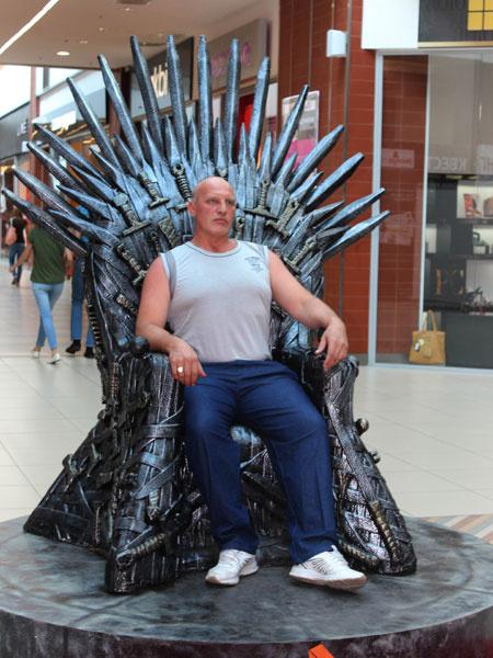 Саратовцы поборолись за трон «Игры престолов»
