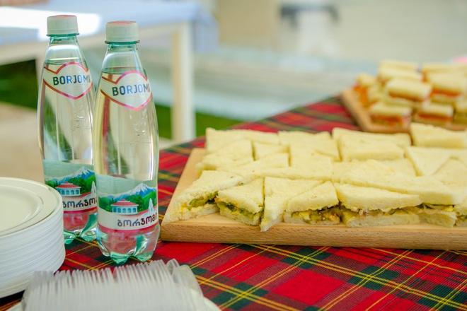 время пить «боржоми»: как организовать пикник?