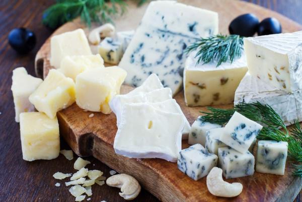 Чем полезен сыр с плесенью