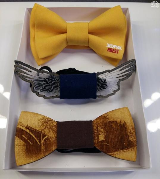 Набор галстуков-бабочек в подарок Сергею Лазареву