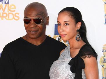 Майк Тайсон (Mike Tyson) с супругой