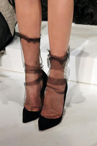 Туфли с носками: как неправильно фото