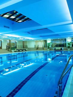 25-метровый закрытый бассейн