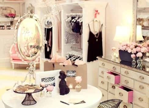 Идеальный гардероб: как разобрать шкаф?