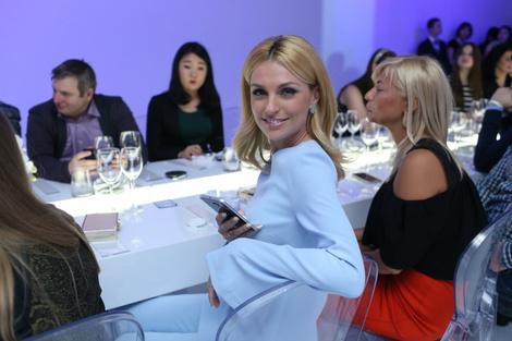 Смарт-fashion: Samsung выступил на Неделе моды в Москве | галерея [1] фото [2]