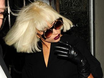 Леди ГаГа (Lady GaGa) завоевала три трофея на MTV EMA