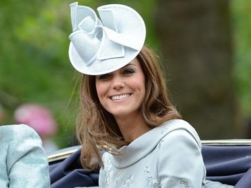 Кейт Миддлтон (Kate Middleton) - большая поклонница оригинальных шляп