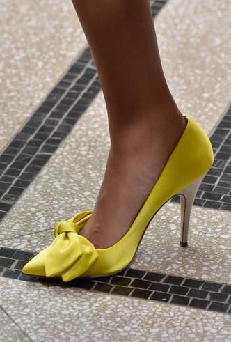 Фото №27 - Полный гид по самой модной обуви для весны и лета 2020